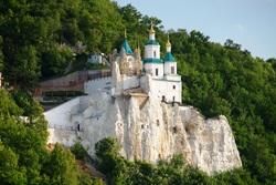 Монастир УПЦ МП закритий для паломників і перетворений на базу диверсантів