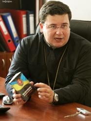 Конгрес українців Канади передав допомогу військовим через капеланів УГКЦ