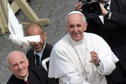 Папа Франциск: не можна залишатися пасивними перед обличчям