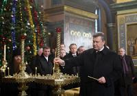 Громадяни Митрополита Володимира і Синод УПЦ (МП) відлучити Віктора Януковича від Церкви